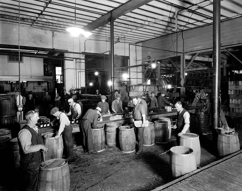 Workers at Vancouver Breweries, ca. 1926. Photo by Stuart Thomson, City of Vancouver Archives #99-3071