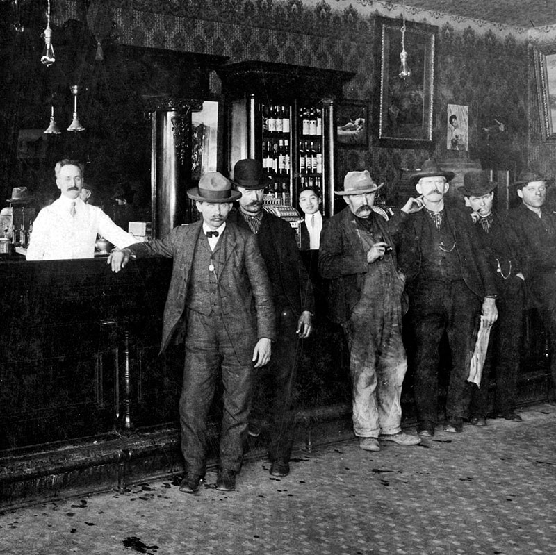 Interior of an unidentified Vancouver bar ca. 1917. City of Vancouver Archives #Hot P54