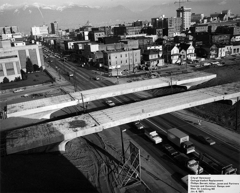 Construction of the viaducts over what was Hogans Alley in 1971. Vie's Chicken and Steakhouse was in the first house east of Main Street on Union. City of Vancouver Archives #216-1.23.