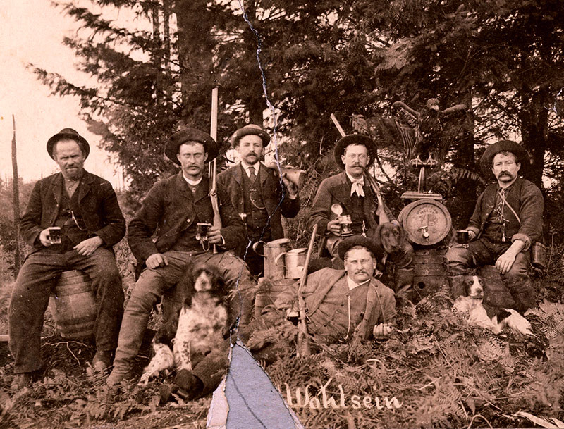 Employees of Doering and Marstrand Brewery in Mount Pleasant. City of Vancouver Archives #Dist P18
