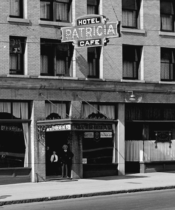 Hotel Patricia Café in 1917, the year it became a cabaret because of prohibition. Photo by Stuart Thomson (cropped), City of Vancouver Archives #99-187