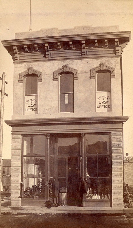 Fergusson Block, 200 Carrall Street, 1887. Photo by JA Brock, City of Vancouver Archives #Bu P80.