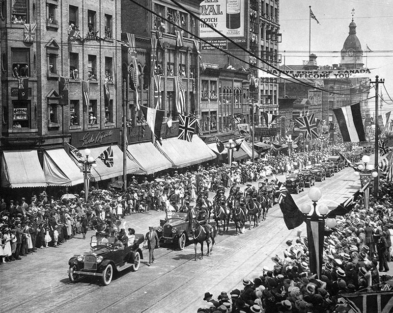 President and Mrs Harding in a procession on Granville Street, 1923. Photo by Harry Bullen, City of Vancouver Archives #Port P554.