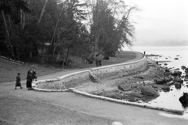The seawall in Stanley Park, 1930. Photo by James Crookall, City of Vancouver Archives #260-312.
