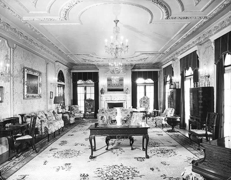 A sitting room in Hycroft, 1942. Allegedly Janet Smith's current haunt. Photo by Don Coltman, City of Vancouver Archvies #434-4.