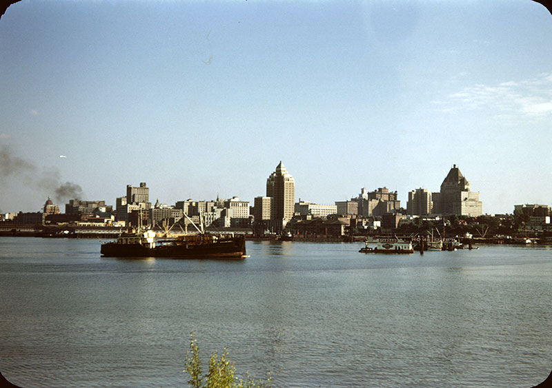 The Marine Building stood out on Vancouver's skyline well into the 1960s. Photo by Leslie F Sheraton, City of Vancouver Archives #2008-022.112.