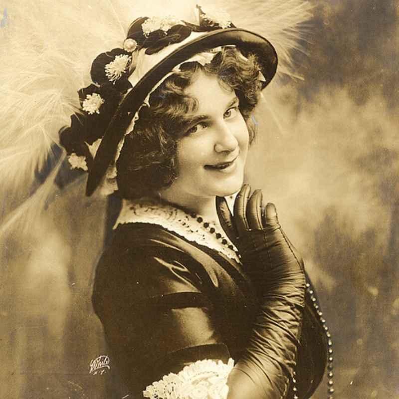 Portrait of Julian Eltinge, 1913: JD Doyle Archives